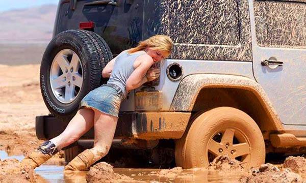 รถติดหล่มทรายควรทำอย่างไร