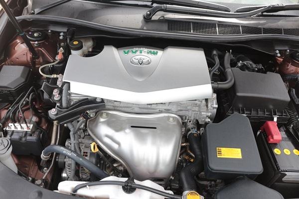 เครื่องยนต์ที่เงียบในสไตล์ที่แตกต่างของ Toyota Camry
