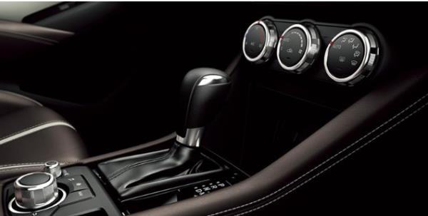 ระบบภายในของ Mazda CX-3 2018