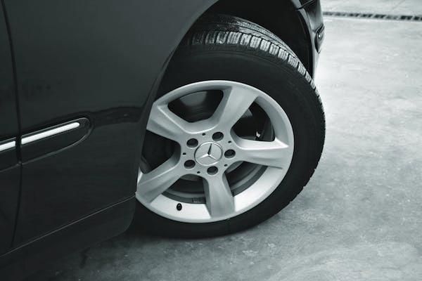 การใช้ยางรถยนต์ที่มีขนาดใหญ่กว่ามาตรฐานทำให้พวงมาลัยหนักได้