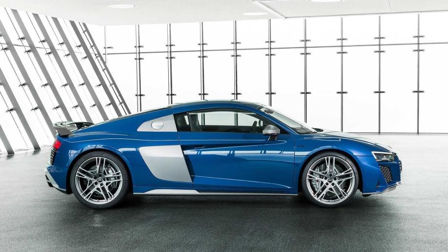 Audi R8 2019 ด้านข้าง