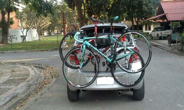 แร็คบรรทุกจักรยานติดท้ายรถ