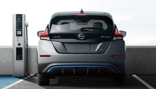 Nissan LEAF 2018 – 2019 มาพร้อมกับมอเตอร์ไฟฟ้า  EM57