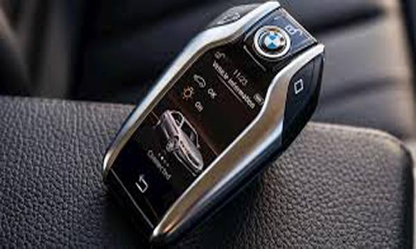 กุญแจรีโมทระบบสัมผัสแบบ BMW Display Key