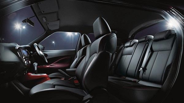 ภายในห้องโดยสารของ Nissan Juke 2019-2020 ออกแบบและตกแต่งสไตล์สปอร์ตที่ทันสมัย