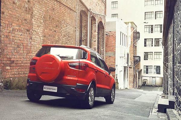 ราคา Ford Ecosport 2018-2019 Titanium 839,000 บาท
