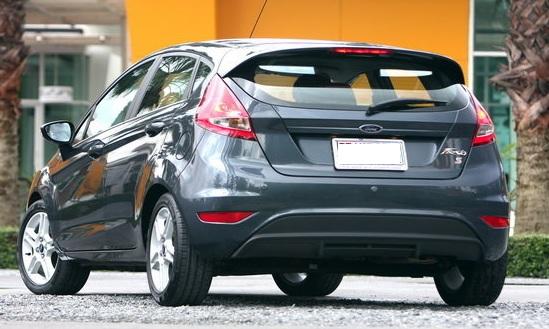 Ford fiesta มือสอง -รุ่นปี 2014