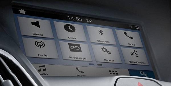 เทคโนโลยีการสั่งงานด้วยเสียง SYNC™3 เวอร์ชั่นใหม่ล่าสุด ที่เชื่อมต่ออย่างสะดวกสบายและเหนือระดับ
