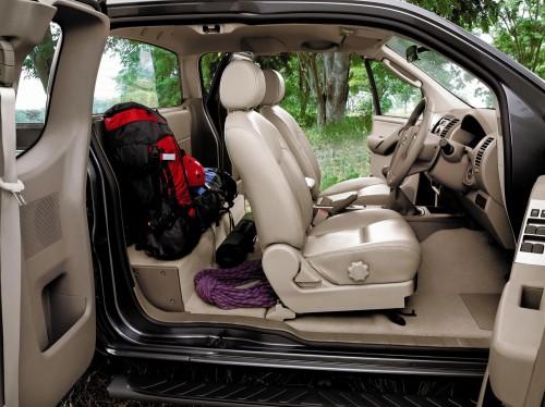 นิสสัน นาวาร่า มือสอง Nissan Navara Np 300