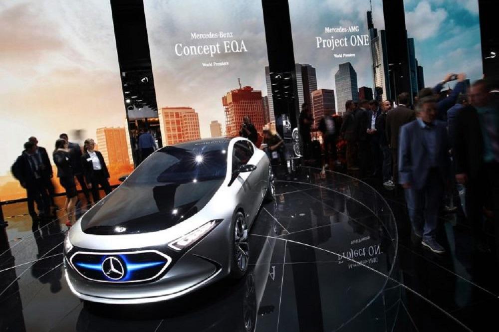 รถรุ่นนี้สามารถขับขี่ด้วยไฟฟ้าได้เป็นระยะทางประมาณ 400 กิโลเมตร มาพร้อมโหมดการขับขี่อัจฉริยะตามสภาพการขับขี่