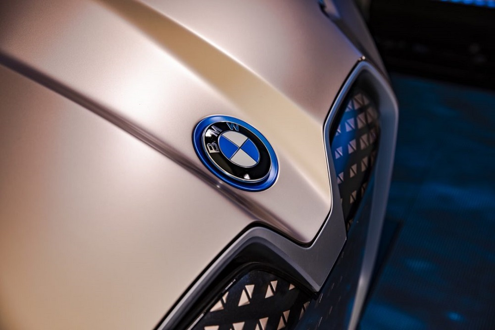 ซึ่งทาง BMW จะเริ่มการทดสอบระบบ Autonomous  ระดับ 4 และ 5 ในปี 2021