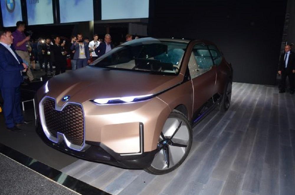 รุ่นแบตเตอรี่ไฟฟ้า 100% จะสามารถทำระยะได้ไกลถึง 724 กิโลเมตร