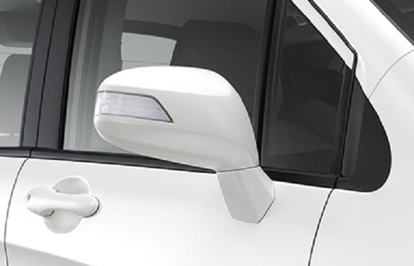 กระจกมองข้างพร้อมไฟเลี้ยวในตัวของ Honda Freed 2018-2019