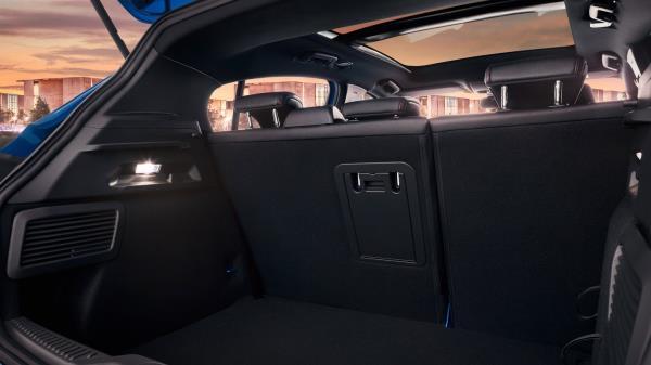พื้นที่ใช้สอยภายในรถของ Ford Focus
