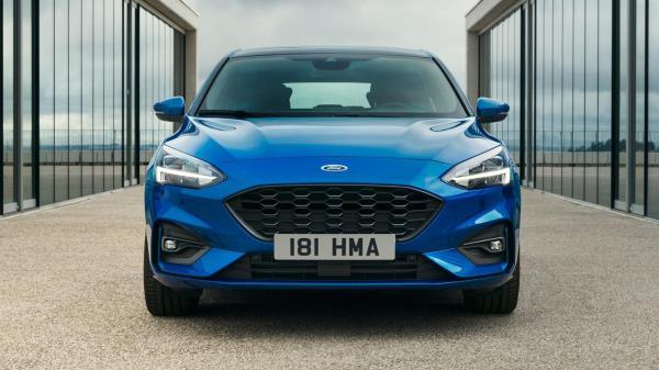 การดีไซน์ของ รถยนต์ Ford Focus