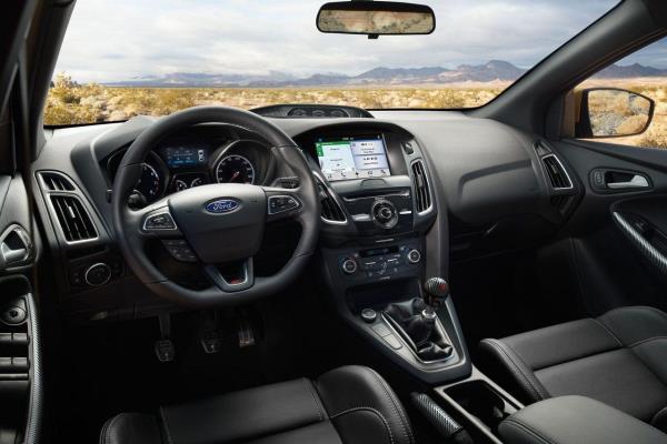 ดีไซน์ภายใน Ford Focus
