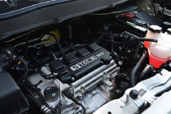 ุเครื่องยนต์เบนซิน 4 สูบ ความจุ 1.5 ลิตร พร้อมประหยัดน้ำมันสูงสุดใน  Chevrolet Spin 2018-2019