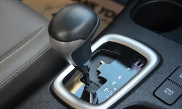 ปัญหาเกียร์ค้างในรถยนต์
