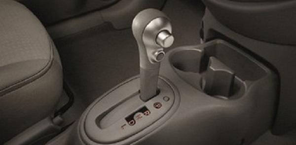 ปัญหาเกียร์ใน Nissan March ป้องกันไว้ก่อนจะต้องเปลี่ยน