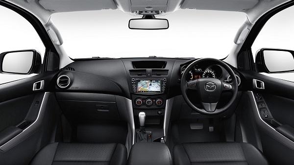 ภายในห้องโดยสารของ Mazda BT-50 2019