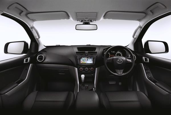 การออกแบบภายใน Mazda BT-50