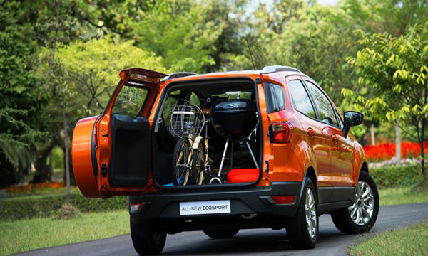การบรรทุกสัมภาระภายในรถ SUV