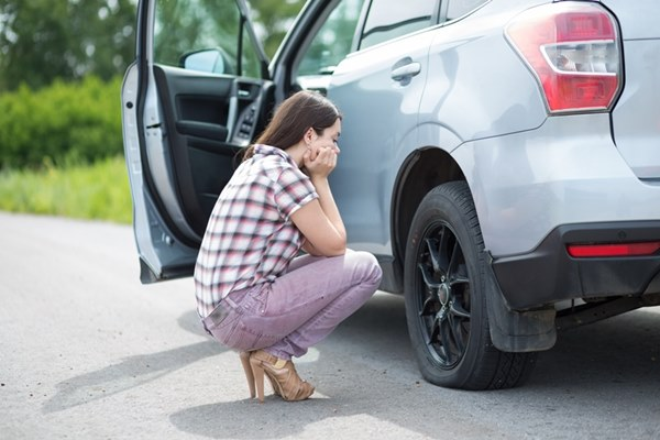 หากรถมีปัญหาต้องนำไปจอดที่ไหล่ทางและรอการแก้ไขโดยด่วน
