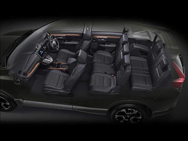 ภายในห้องพักของ Honda CR-V 2018-2019 กว้างขวางนั่งสบายทุกที่นั่ง