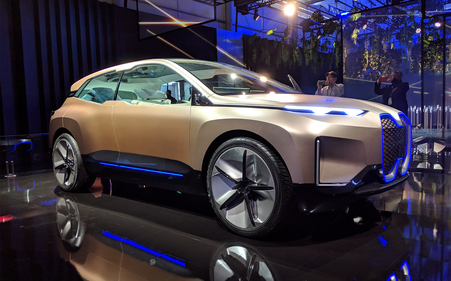 BMW's Vision iNEXT