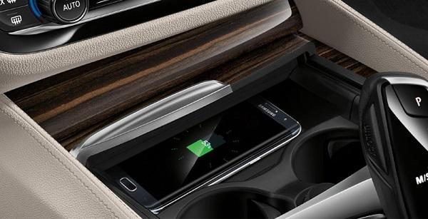 วัสดุที่สวยงามและมีระดับสำหรับ BMW 5-Series 2019