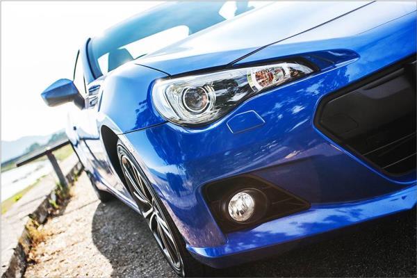 ดีไซน์ภายนอกของรถยนต์ Subaru BRZ