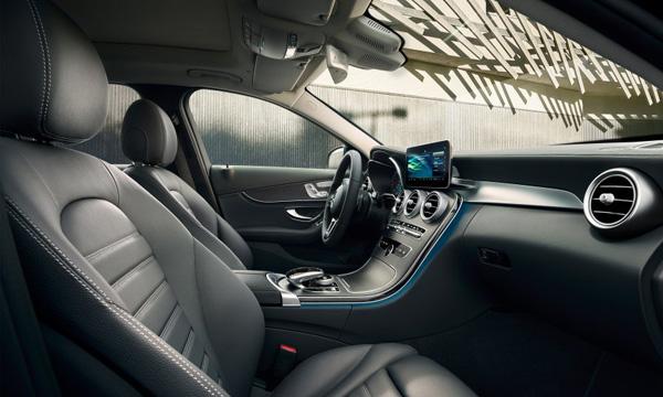 ปัญหาเสียงรบกวนภายในห้องโดยสาร Mercedes-Benz C Class