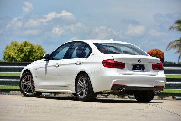 เส้นสายการออกแบบรอบคันของ BMW 3 Series