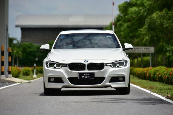 รีวิวข้อดีข้อเสียของ BMW 3 Series