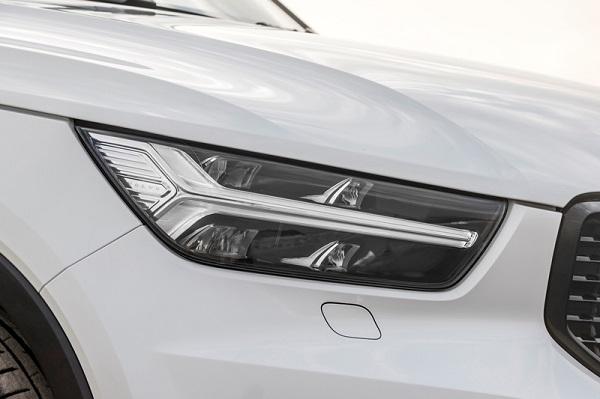 ดีไซน์ภายนอกดุดัน แต่แฝงความหรูหราทันสมัยที่มีเอกลักษณ์ใน Volvo XC40 2019