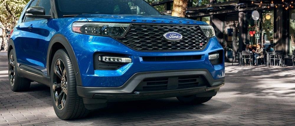 Ford Explorer 2020 ออกแบบให้กระจังหน้าดูหนาเพื่อสะท้อนให้เห็นถึงความแข็งแกร่งและบึกบึน ในความเป็นสไตล์สปอร์ตมากขึ้น