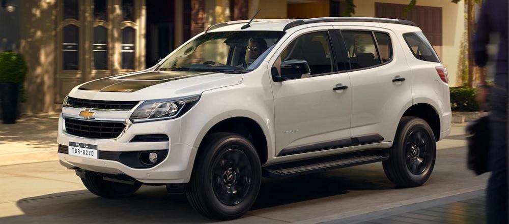 Chevrolet TRAILBLAZER 2019 รถ SUV สุดแกร่ง พร้อมออกลุยในทุกเส้นทางโดดเด่นและมาพร้อมกับเทคโนโลยีที่เป็นนวัตกรรมมากมายและคุณสมบัติด้านความปลอดภัยขั้นสูง ราคา Chevrolet TRAILBLAZER 2019 เริ่มต้นที่ 1,244,000 บาท