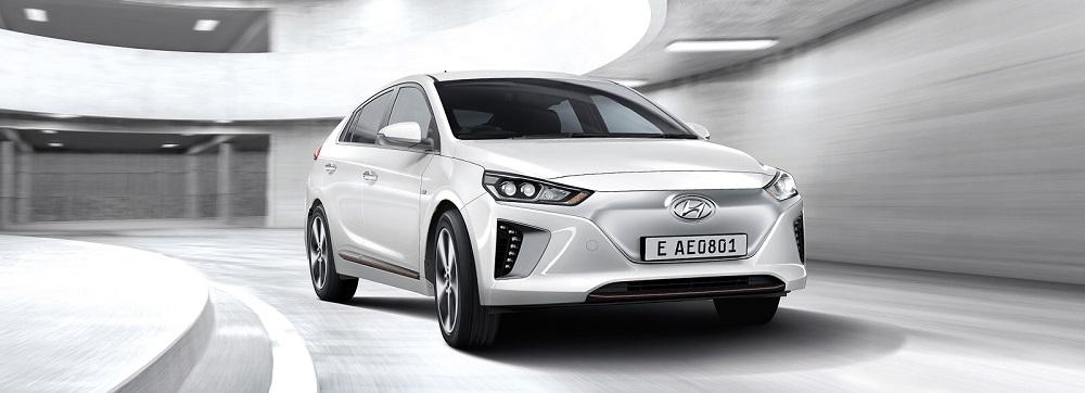 HYUNDAI IONIQ Electric 2019 รถยนต์พลังงานไฟฟ้า หรูหราดูดีในทุกมุมมอง แรงในทุกอัตราการเร่ง นุ่มนวลในทุกการขับขี่ ราคา HYUNDAI IONIQ Electric 2019 เริ่มต้นที่ 1,749,000 บาท