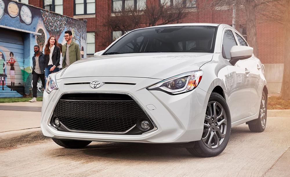 โดยเว็บไซต์ Car and Driver ได้มีการตั้งข้อสันนิษฐานหลังการให้สัมภาษณ์ของ Nancy Hubbell หัวหน้าฝ่ายสื่อสารผลิตภัณฑ์ของ Toyota มีแนวโน้มที่ All-new Toyota Yaris 2020 (ในสหรัฐฯ) อาจใช้สูตรเดียวกับ Toyota Yaris iA (ตัวถัง Sedan) โฉมปัจจุบัน