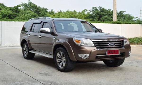 Ford Everest 2.5 LTD AT