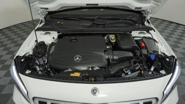 เครื่องยนต์ Mercedes-Benz GLA 2019