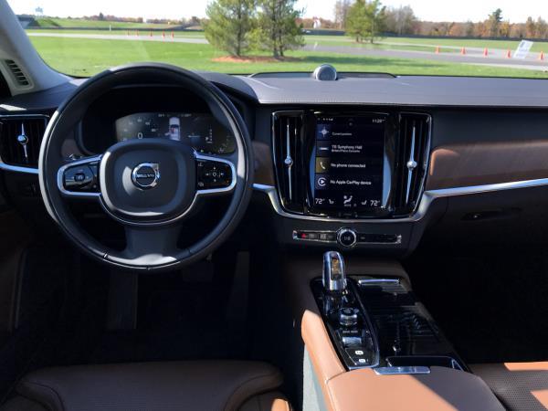 ดีไซน์ภายในของ Volvo S90 2019