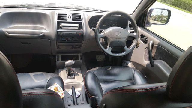 Nissan Terrano ll (R20)