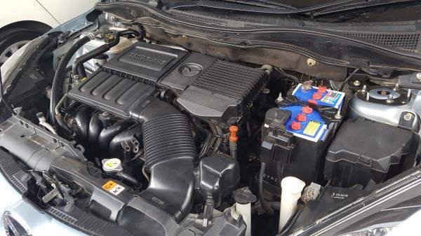 ปัญหารถดับเกิดจากปัญหาภายในของเครื่องยนต์ Mazda 3