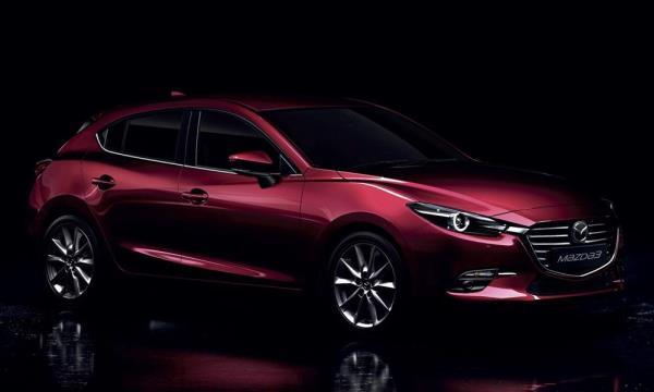 รถยนต์ Mazda 3