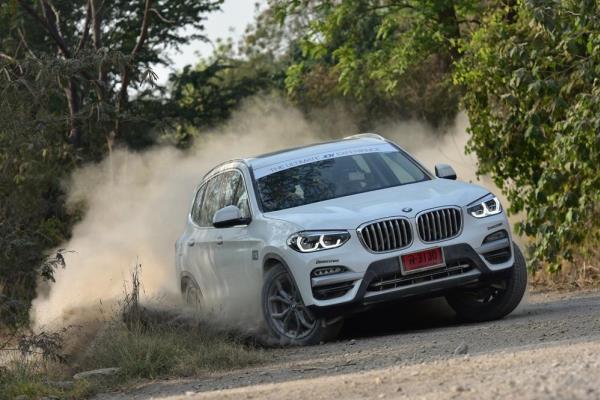 รถยนต์ BMW X3
