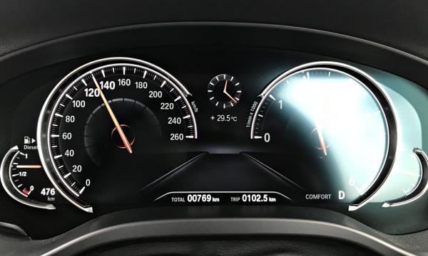 ปัญหาหน้าปัดรถขึ้นไฟสัญญาณเตือนของ BMW X3
