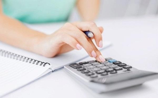 คำนวณรายรับ-รายจ่ายในแต่ละเดือน