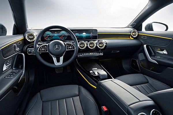 ความมีระดับภายใน All New Mercedes-Benz CLA Shooting Brake