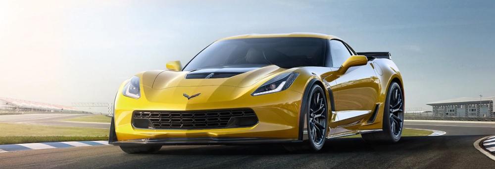CHEVROLET CORVETTE Z06 2019 สุดยอดรถสปอร์ตที่ได้รับการพัฒนาควบคู่ไปกับรถแข่ง C7.R และให้กำลังสูงสุด 650 แรงม้าและ 650 ปอนด์ต่อฟุต ของแรงบิด Z06 สามารถทำความเร็ว 0 ถึง 60 เพียงแค่ 2.95 วินาที